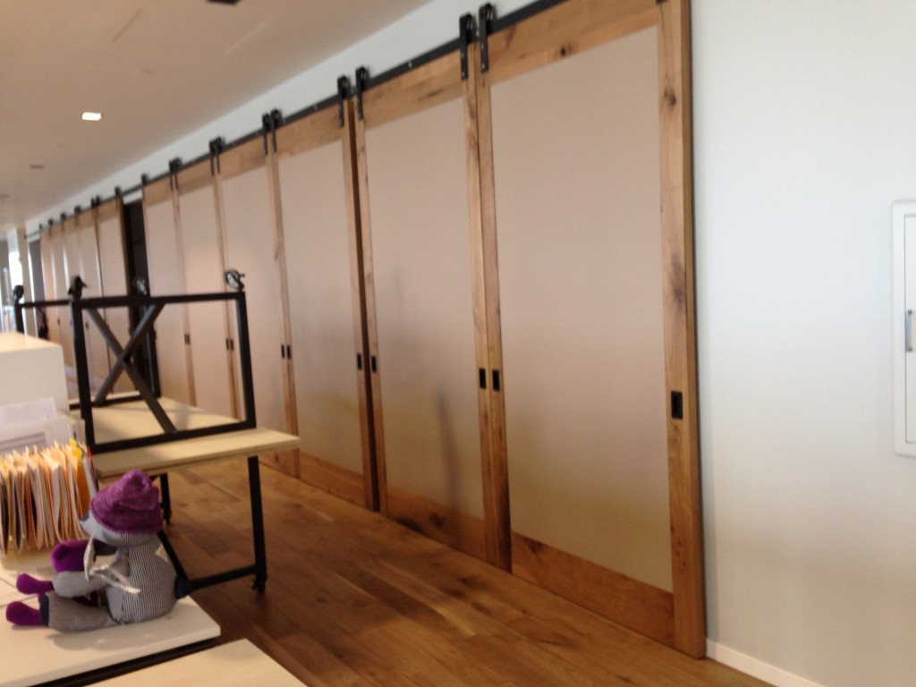 Wood barn door large room dividers