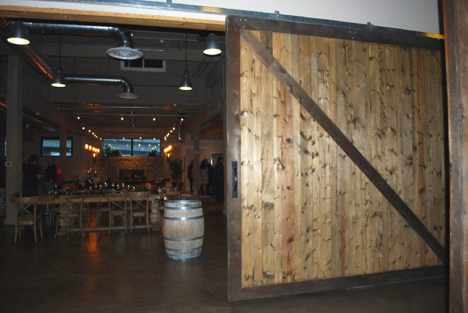 Large Sliding Door Warp Free Wood Sliding Barn Doors Restaurant