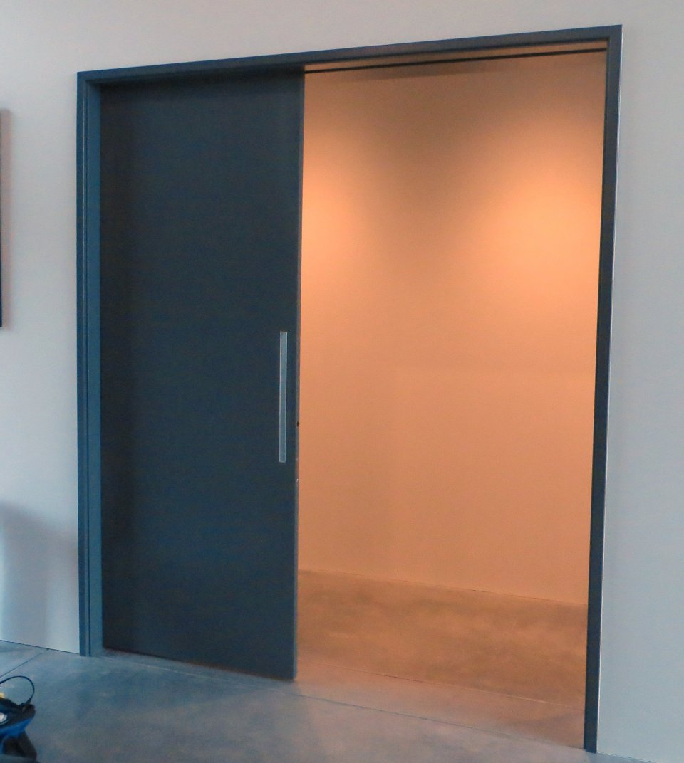 Large full height sliding doors large sliding doors for Pocket screens sliding doors