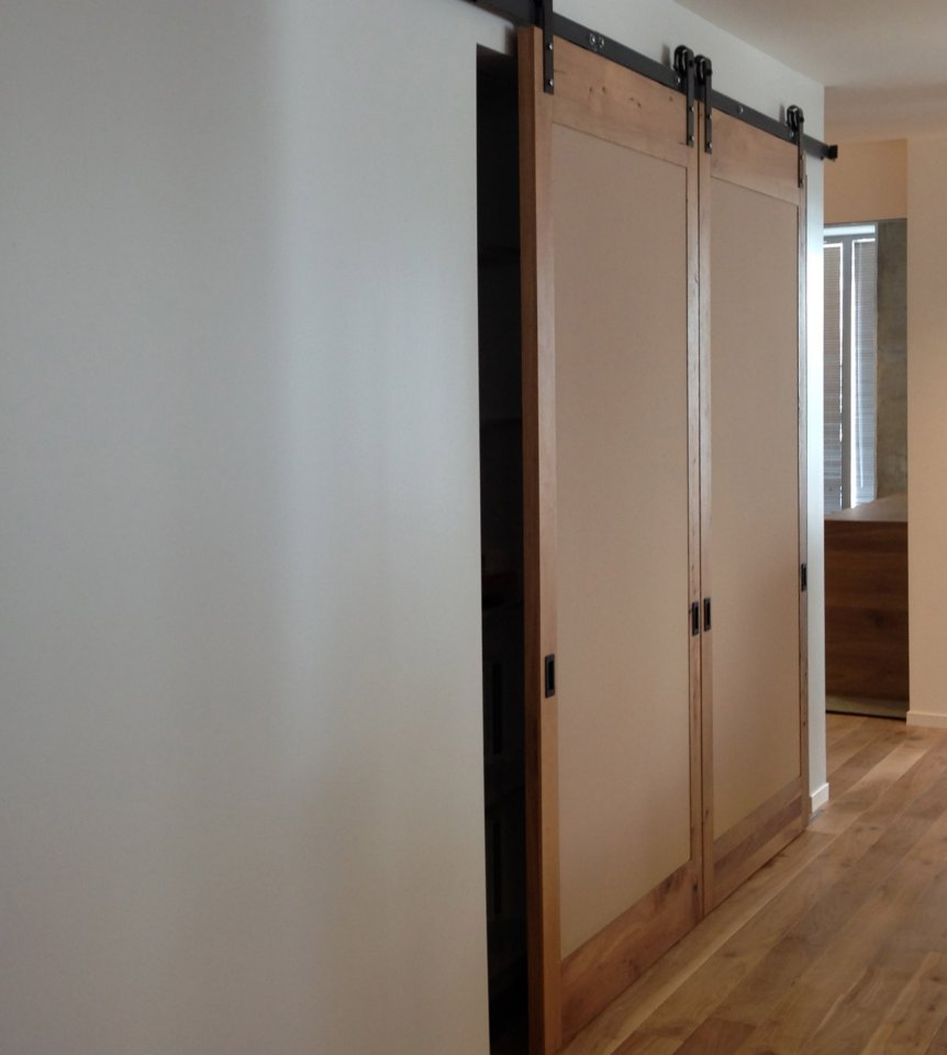 Interior sliding barn door the best inspiration for for Inside sliding doors